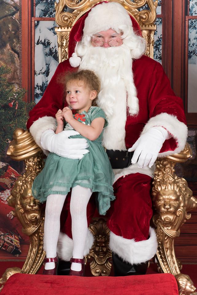 Santa 12-8-17-937