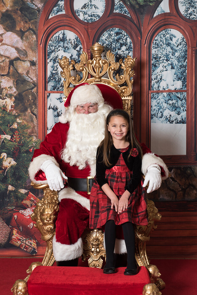 Santa 12-8-17-543