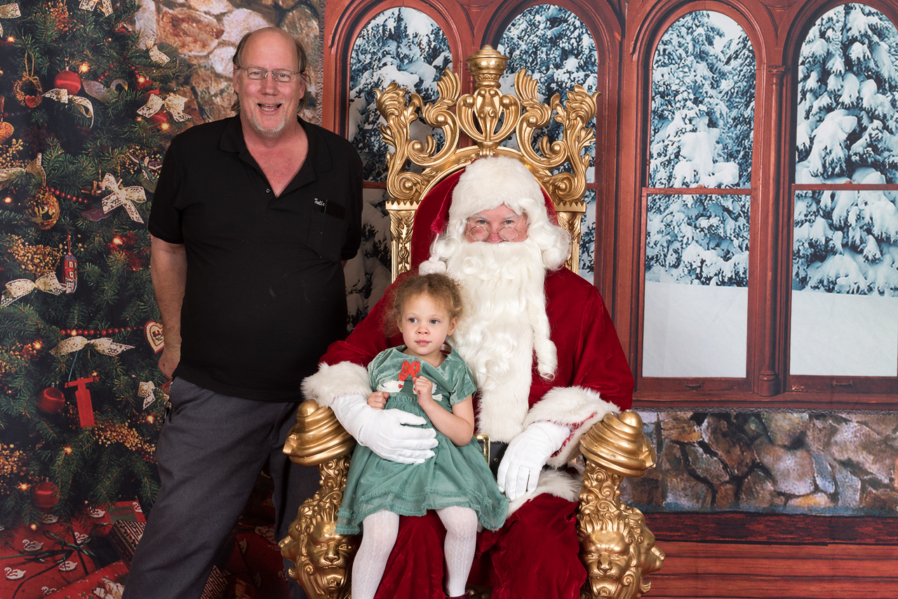 Santa 12-8-17-961