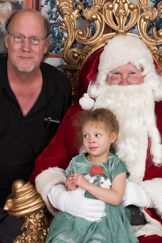 Santa 12-8-17-944-3
