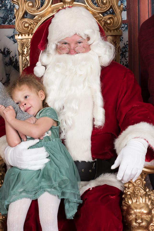 Santa 12-8-17-929-2