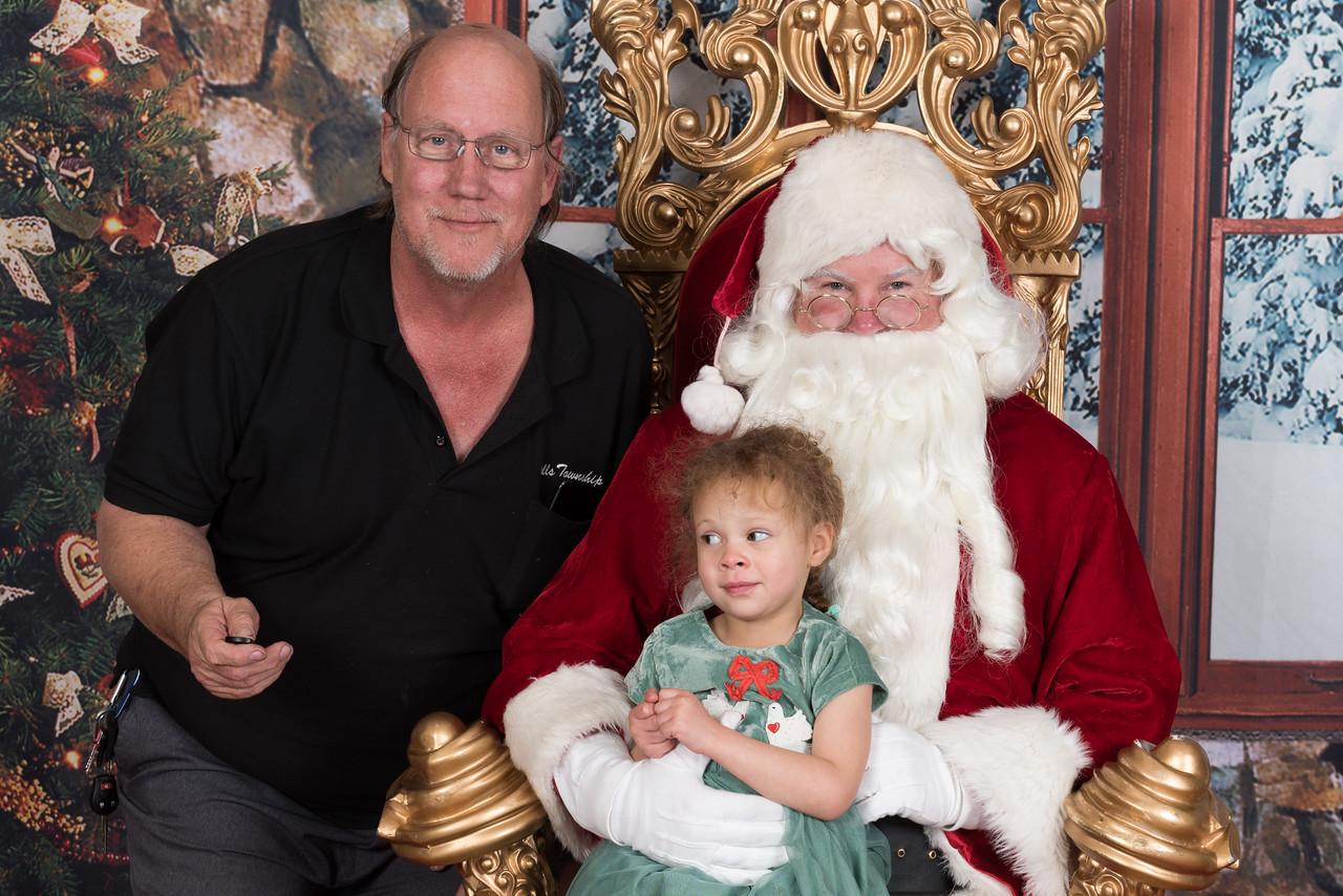 Santa 12-8-17-944-2