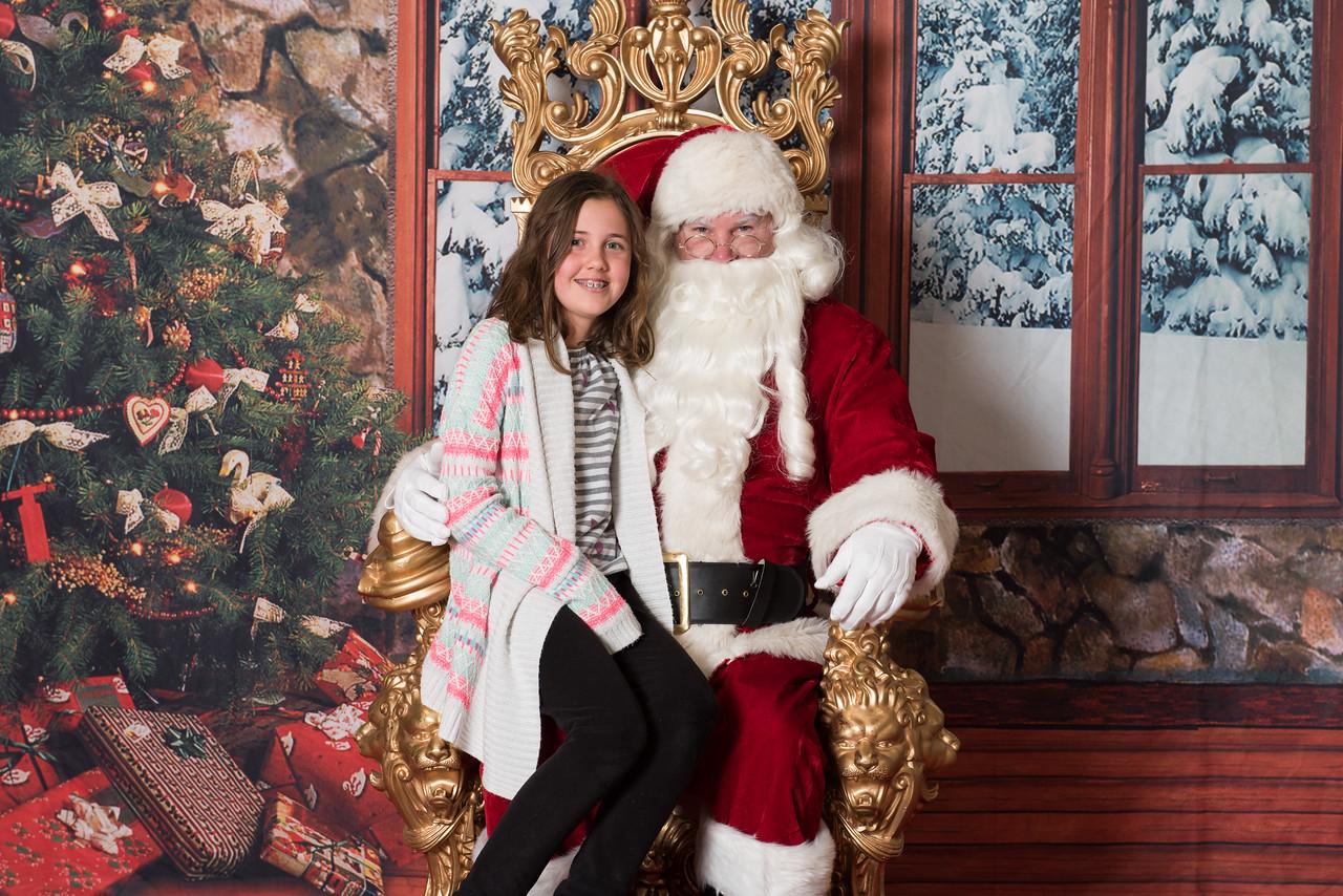 Santa 12-8-17-581