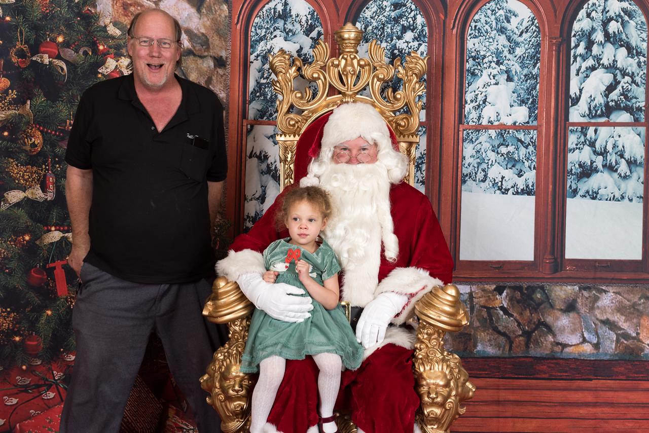 Santa 12-8-17-962