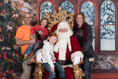 Santa 12-8-17-580