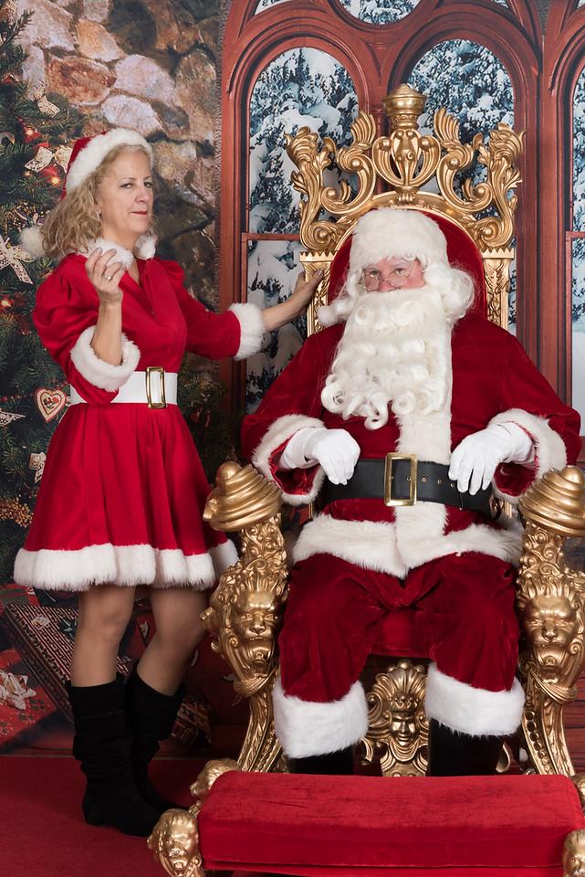Santa 12-8-17-540