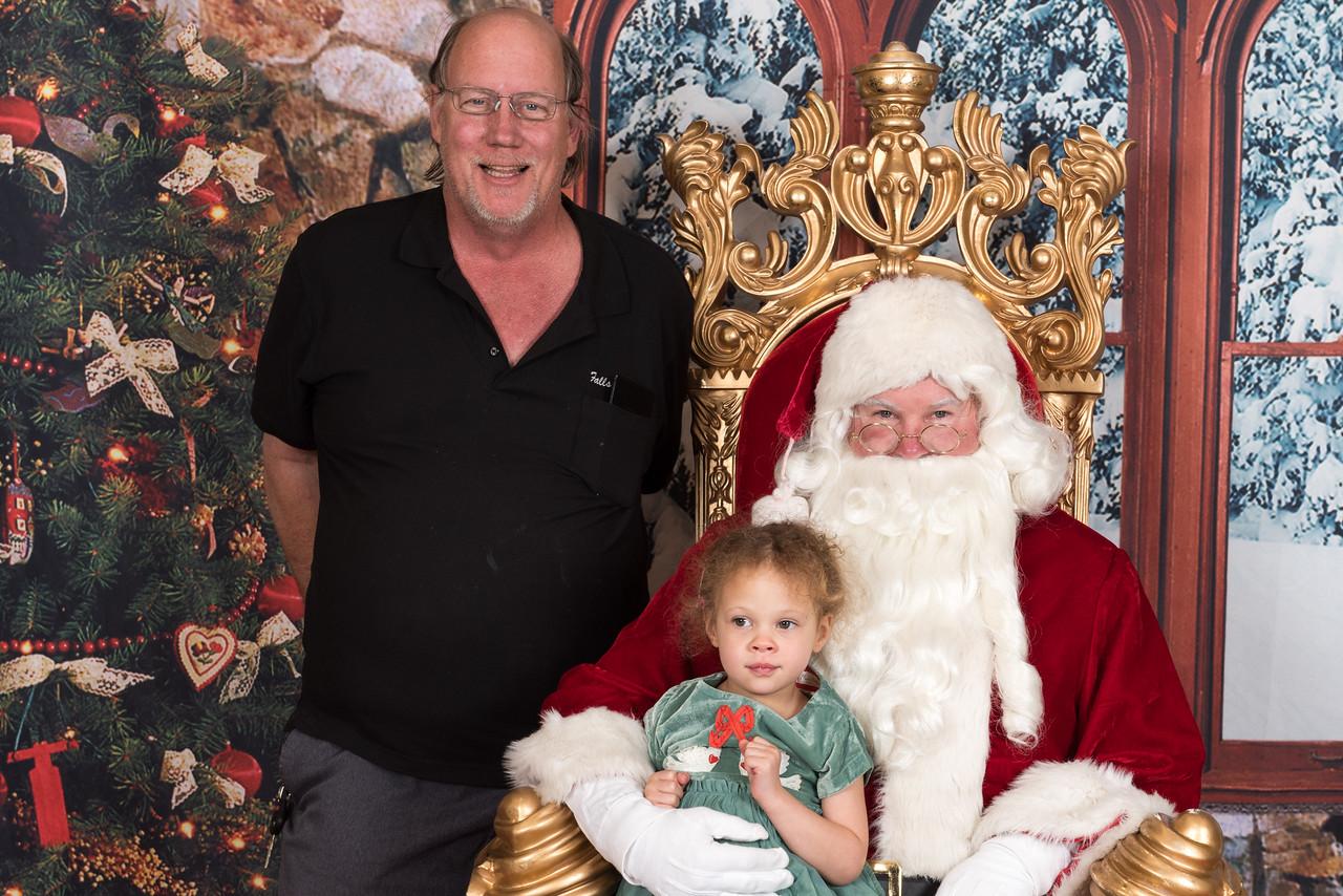 Santa 12-8-17-960