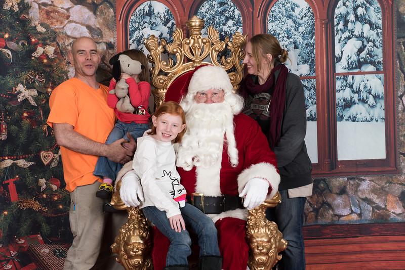 Santa 12-8-17-556