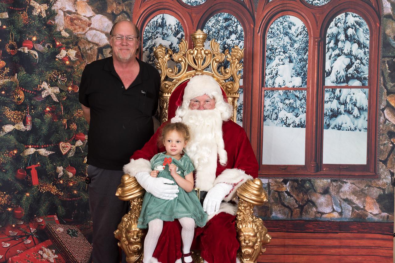 Santa 12-8-17-957