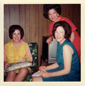 Mom, Donna, Gma Brown Spring 1968