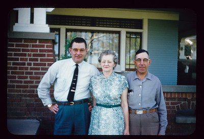 Eldon, Gma and Gpa Saylor, Ranch