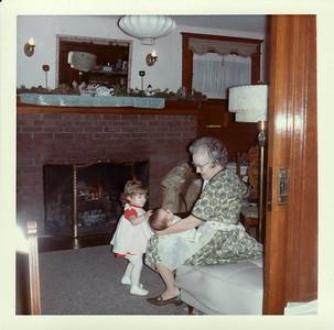 Lisa, Margaret, Gma Saylor Christmas 1964, Ranch