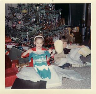 Lisa, Margaret Christmas 1967