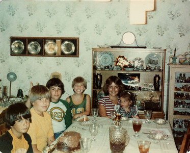 Cousins July 1979, Margaret Joy, Andy, Joe, Steven, David, Laura