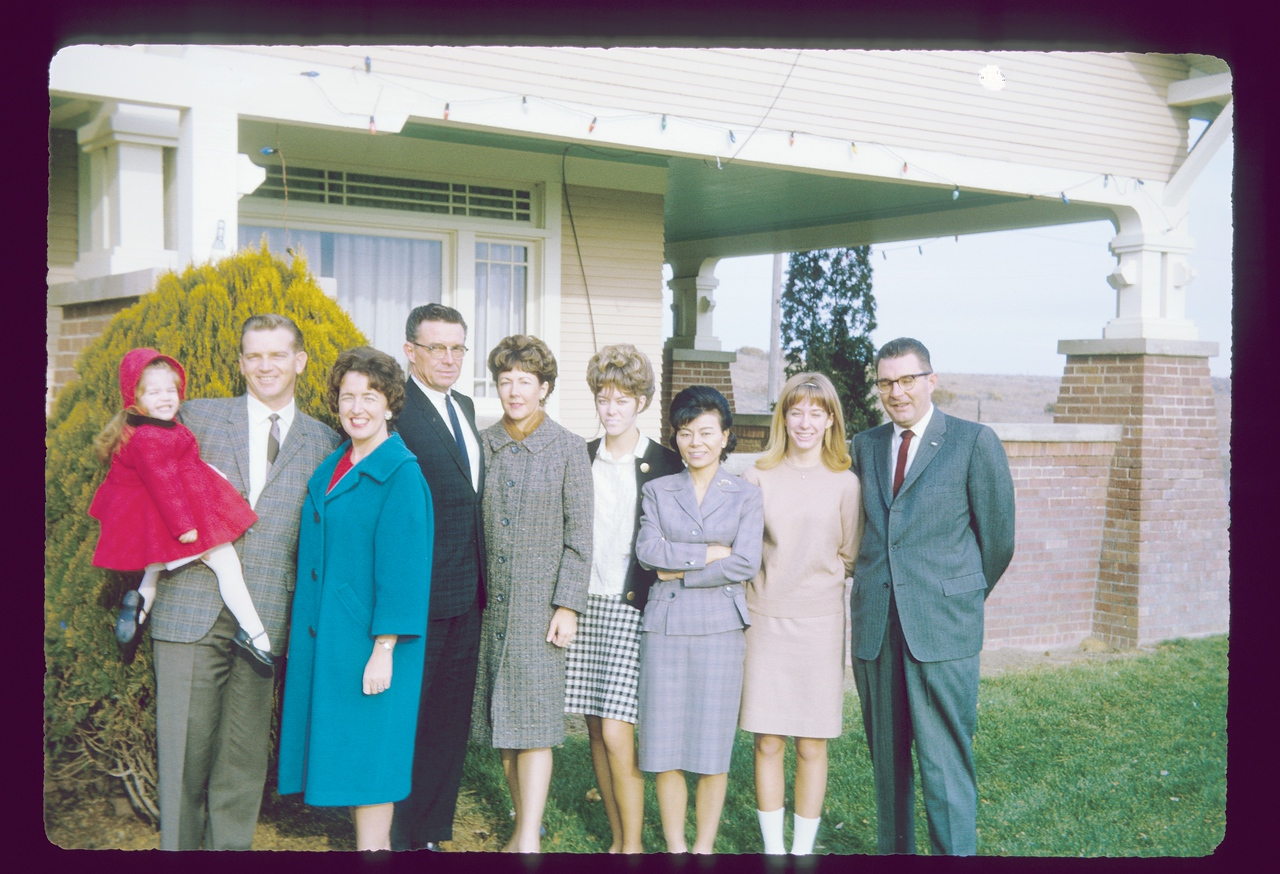 Mom, Dad, Lisa, Ray, Donna, Vicky, Sandi, Eldon, June, August, 1967, Ranch