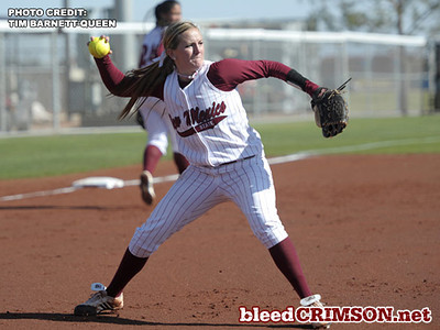 Karysta Donisthorpe throws to first<br /> <br /> Photo Credit: Tim Barnett-Queen