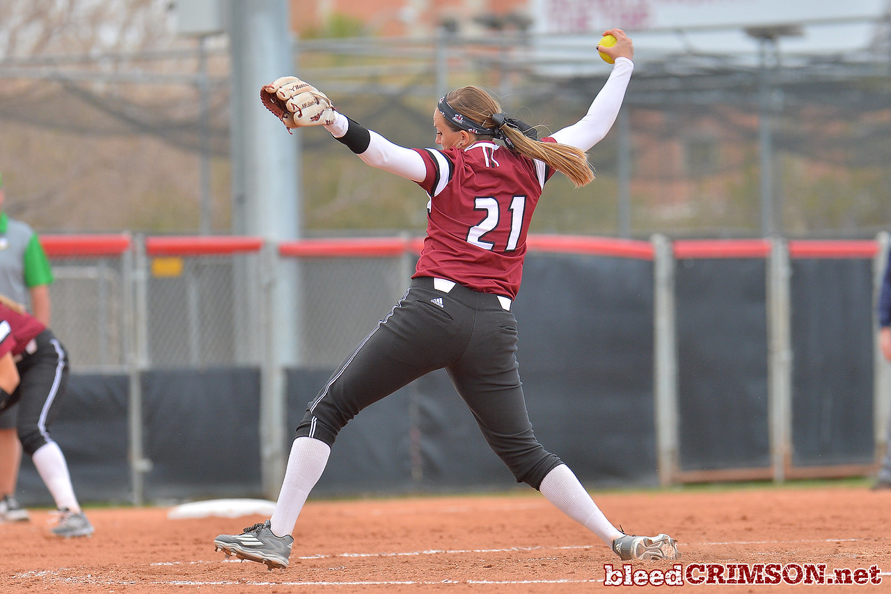 March 6, 2016: NM State pitcher Karysta Donisthorpe delivers a pitch in a game between New Mexico State and No. 7 Oregon at the 2016 Alexis Park Resort Classic at Eller Media Stadium in Las Vegas, Nevada. The Aggies lost to the Ducks 8-0 via run rule.