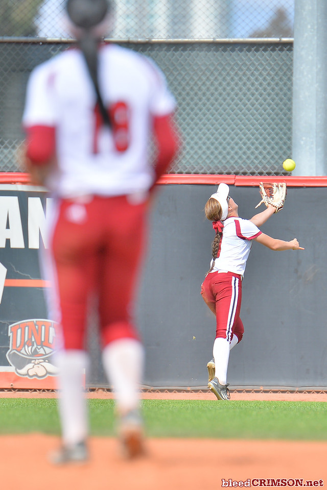 March 5, 2016: NM State left fielder Amy Bergeson reaches out to try to make a catch in a game between New Mexico State and Saint Mary's College at the 2016 Alexis Park Resort Classic at Eller Media Stadium in Las Vegas, Nevada. The Aggies defeated the Gaels via run rule 12-4.