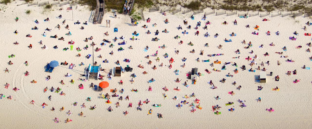 Students enjoying the beach in Gulf Shores, AL.