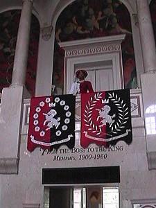 Pink Palace: 2002