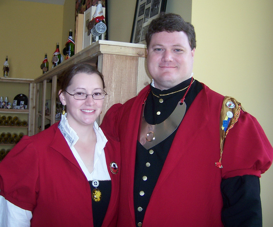 Defending the Gate: Closeup.  With glasses.  (Oh, such a cute couple!) Stierbach Investiture 2008