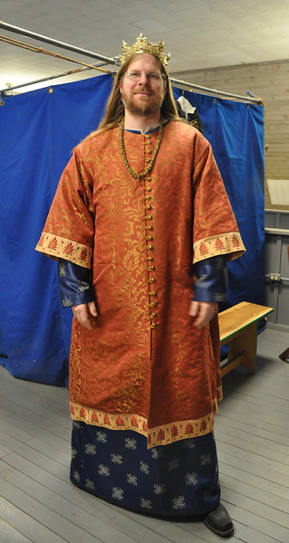 Russian Garb for Their Majesties of Atlantia Vlad and Kalissa, by Lady Cristina Iarina Chaikinaia.  Modeled by HRM Vlad.