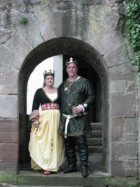 Gregor IV and Kiena II at Drachenwald's 20th Celebration