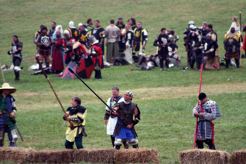 """Fishing via spear in the """"river"""" on the Broken Field Battle"""