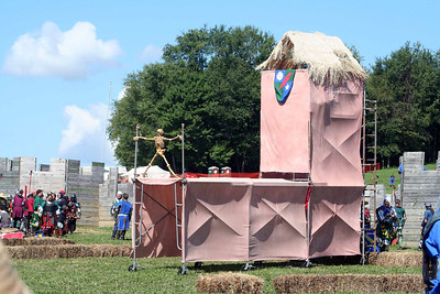 Pennsic 2006 - Castle Battle