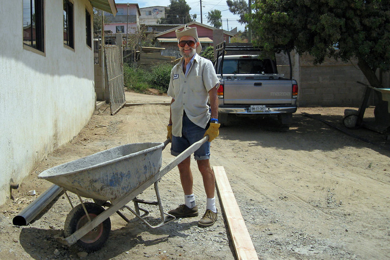 Pablo Gassner works with the wheel barrow