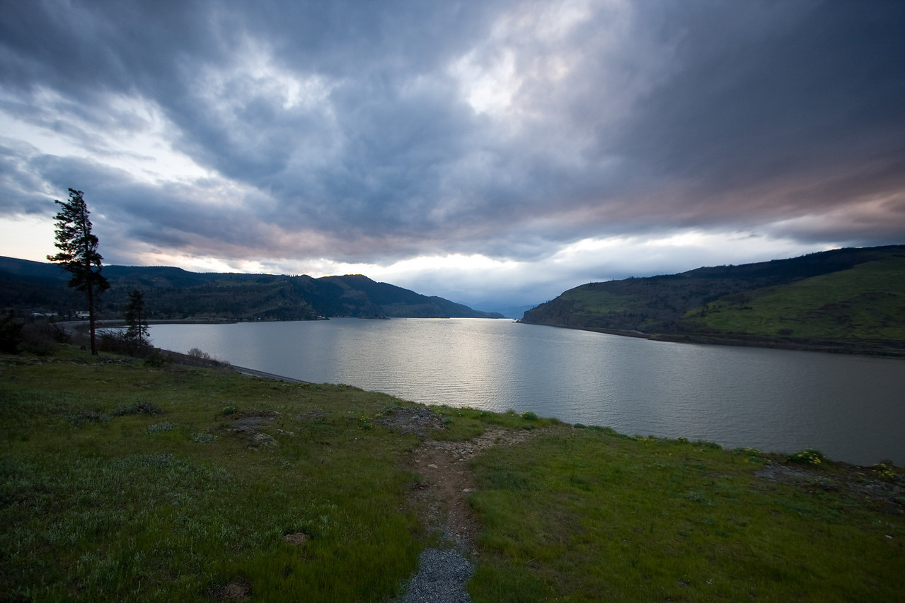 I think I used a 2 stop Grad ND filter with this shot, but don't fully recall anymore.<br /> <br /> Location: Near Mosier, Oregon<br /> <br /> Lens used: 10-22mm f3.5-4.5
