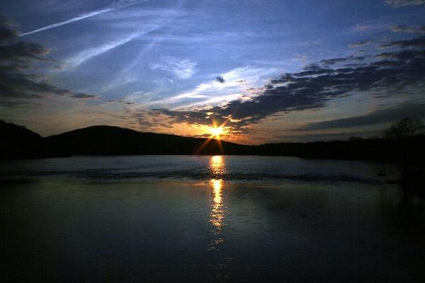 SUNSET ON THE SUSQUEHANNA RIVER