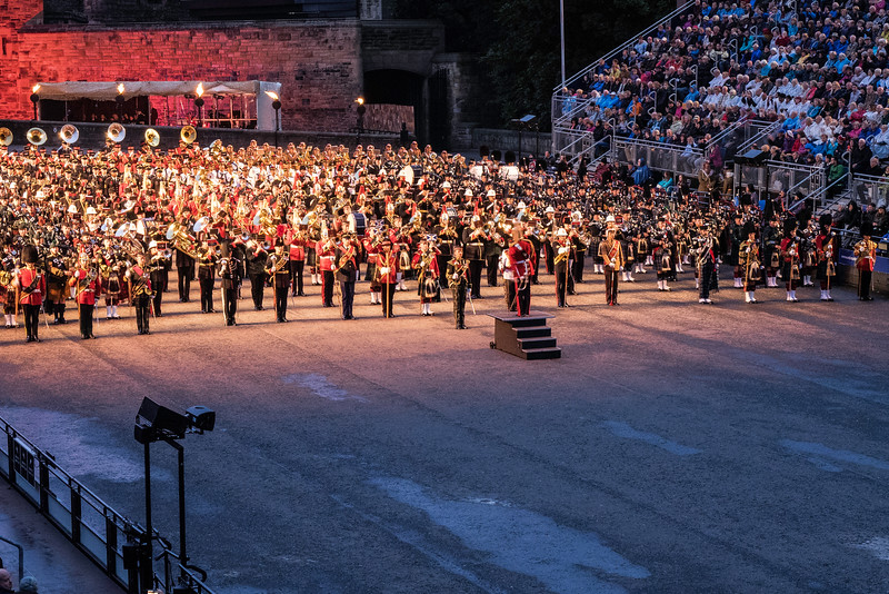 Edinburgh Tattoo  Massing of the Bands Adding in the Pipers