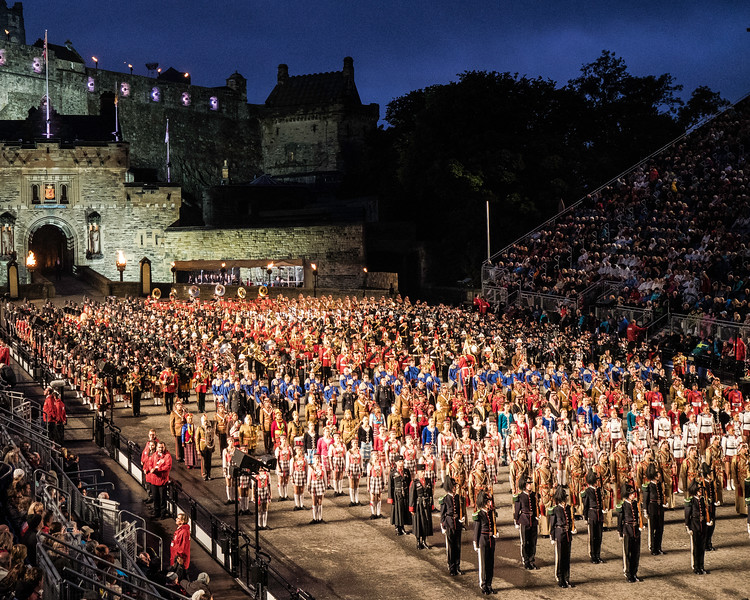 Edinburgh Tattoo  Massed Bands & Dancers