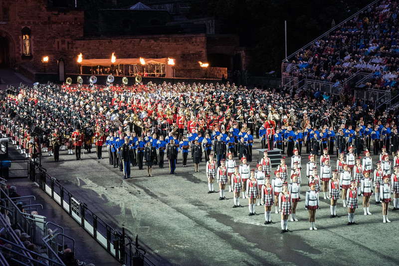 Edinburgh Tattoo  Massed UK Bands, fiddlers, Highland Dancers and New Zealand Drill Team