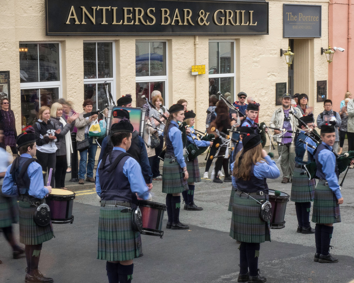 Youth Pipe and Drum Group - Skye