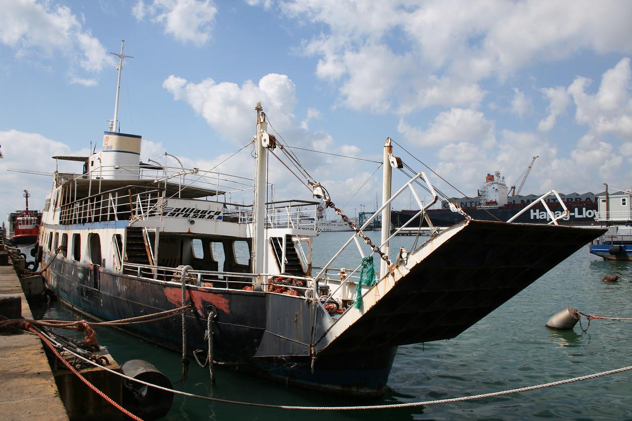 F/B CAMPANIA SECONDA waiting scrap in Napoli.