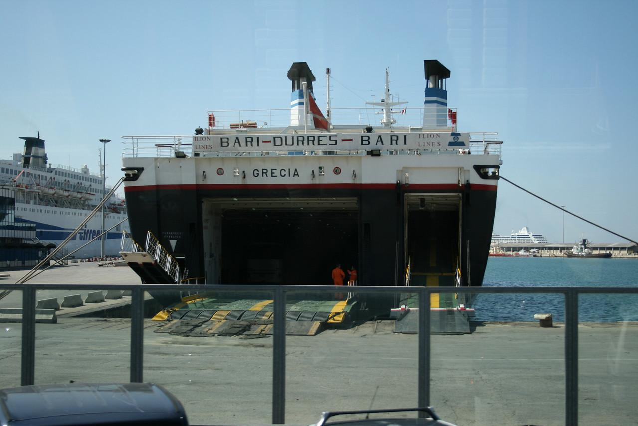 F/B GRECIA in Bari.