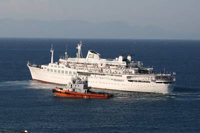 2009 - SALAMIS GLORY departing from Rodos, maneuvered by a tug.