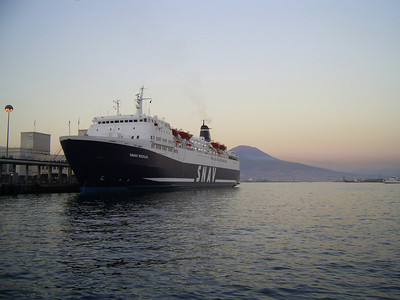 SNAV SICILIA moored in Napoli : a short stop due to maintenance works.