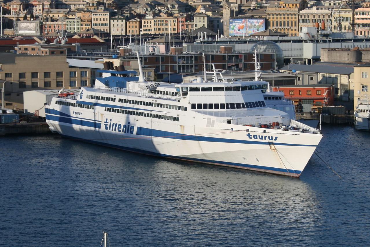 2009 - HSC TAURUS laid up in Genova.