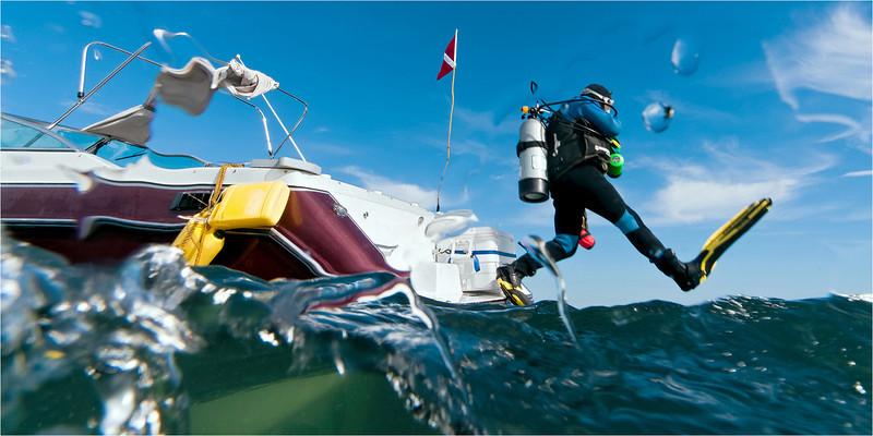 Boat Diving - Lake Michigan, 21 ft. Boat