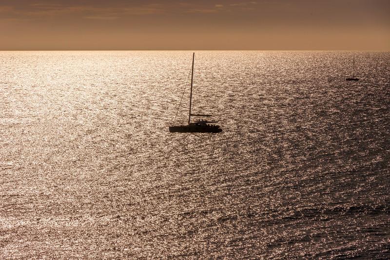 Sailboat-001