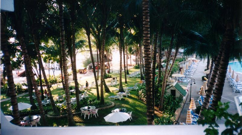 "Le Meridien Phuket Beach Resort, Patong Beach,   <a href=""http://www.phuket.com/meridien/"">http://www.phuket.com/meridien/</a> 1998"