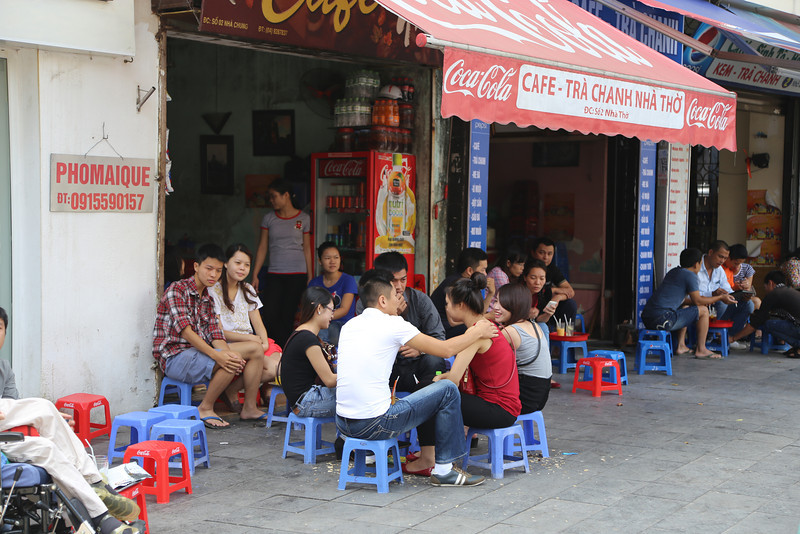 HaNoi cafe and coffee street scenes Nov 2013