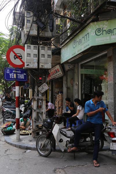 HaNoi, street to our Charming Hotel Nov 2013