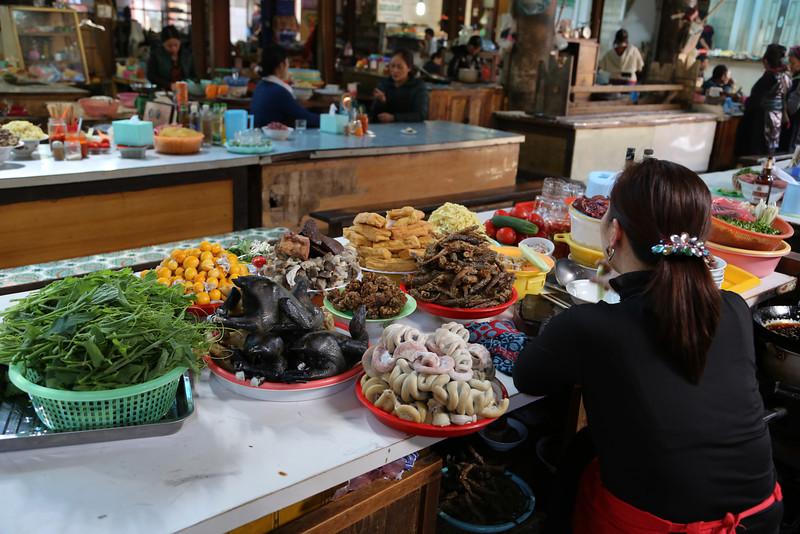 Market Sapa Nov 2013