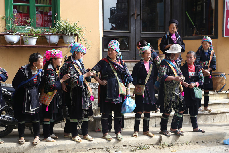 Hmong ladies, SaPa, you become very well know by them. Nov 2013