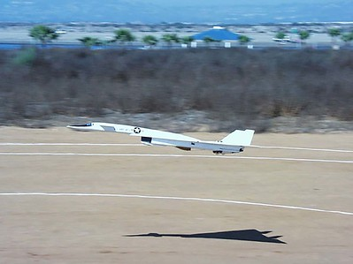 XB-70 Landing