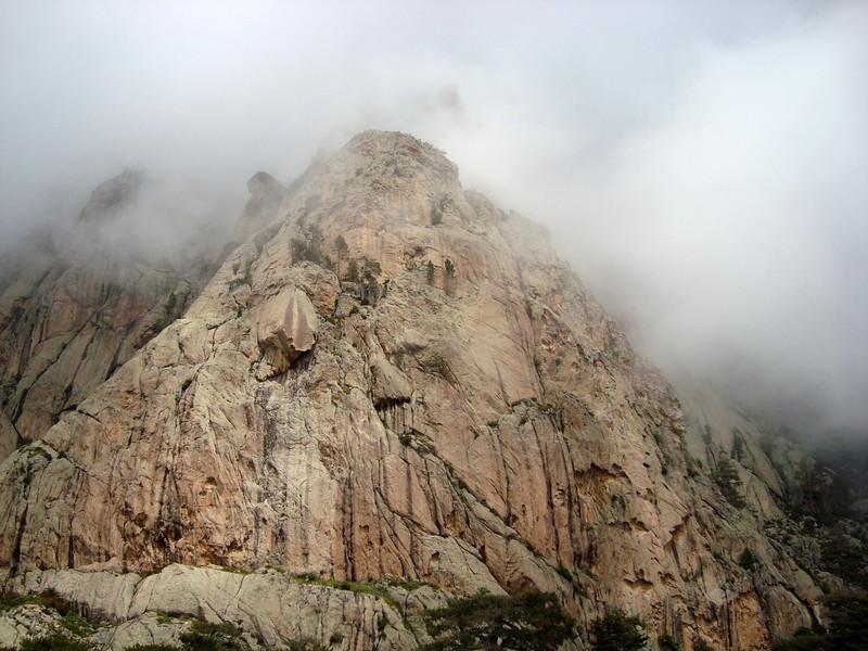 La tour juste au dessus de Petra Tonda... Du potentiel vous croyez ?